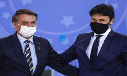 """Genro de Silvio Santos estaria preparando jornal só com """"notícias positivas"""" na TV Brasil"""