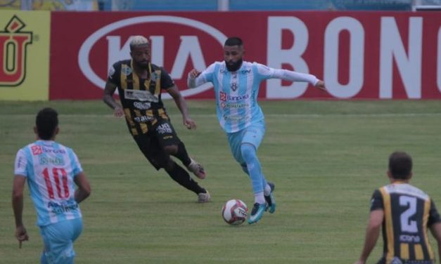 Paysandu empata sem gols com o Volta Redonda na Curuzu