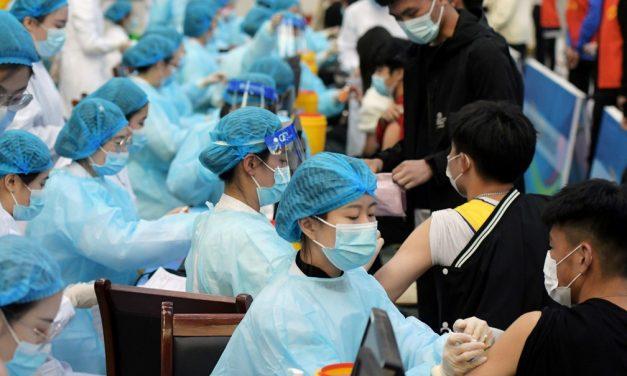 China ultrapassa marca de 1 bilhão de doses de vacinas contra a Covid aplicadas