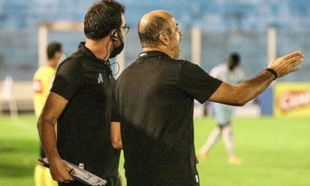 """Eutrópio destaca defesa do Paysandu e vê superioridade contra o Voltaço: """"Só faltou o gol"""""""