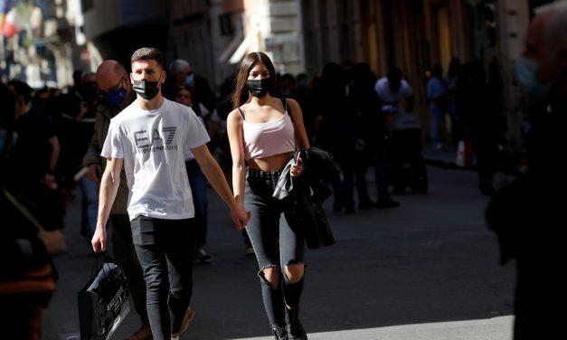 Itália também retira obrigação do uso de máscaras ao ar livre