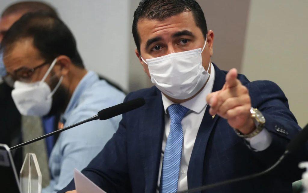Covaxin: deputado diz à CPI que Bolsonaro citou envolvimento de Ricardo Barros ao ouvir denúncia