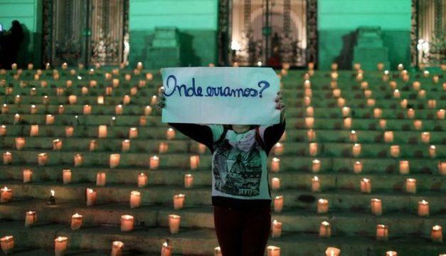 Covid: Distanciamento, máscaras e testes poderiam ter evitado mais de 200 mil mortes no Brasil