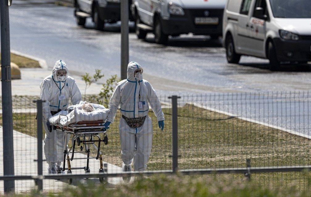 Variante delta faz Rússia ter recorde de mortes por Covid e Austrália confinar 10 milhões