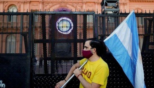 Argentina restringe entradas de cidadãos para conter variante delta