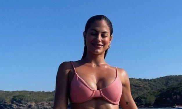 "De biquíni, ex-BBB Mari Gonzalez exibe físico musculoso e deixa web sem palavras: ""Maravilhosa!"""