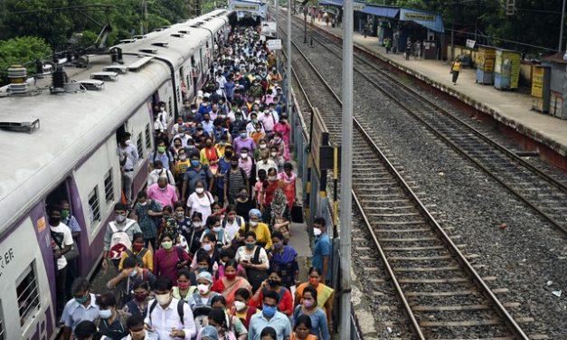 Índia é o 3º país a passar de 400 mil mortes por Covid