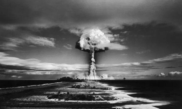 França nega ter omitido consequências de testes nucleares no Pacífico