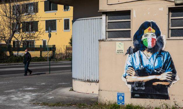 Trabalhadores da saúde italianos vão à Justiça contra a obrigação de serem vacinados