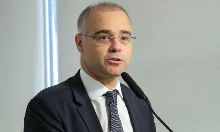 Bolsonaro confirma André Mendonça para STF no lugar de Marco Aurélio