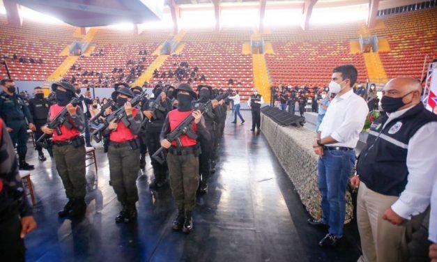 Mais de 700 policiais recebem certificação de cursos da Seap