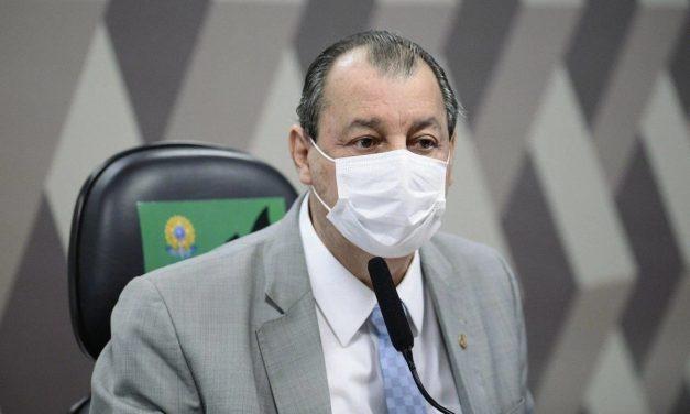 Aziz diz que Bolsonaro não vai parar CPI e cobra respostas sobre denúncias