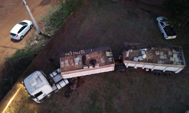 Polícia apreende cerca de 36 toneladas de maconha transportadas em bitrem em MS