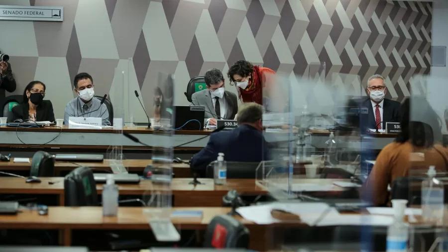 Diretora da Precisa pede ao STF para ter o direito de não comparecer à CPI