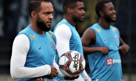 Paulinho lamenta falta de vitórias em Belém: 'Precisamos mudar a postura'
