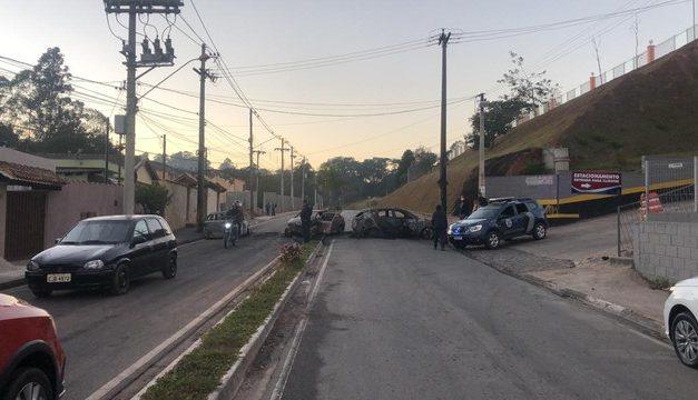 Criminosos assaltam fábrica de joias e trocam tiros com a polícia em Jarinu