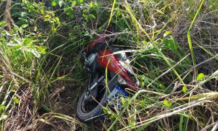 Moto roubada é recuperada pela PM, em Tailândia