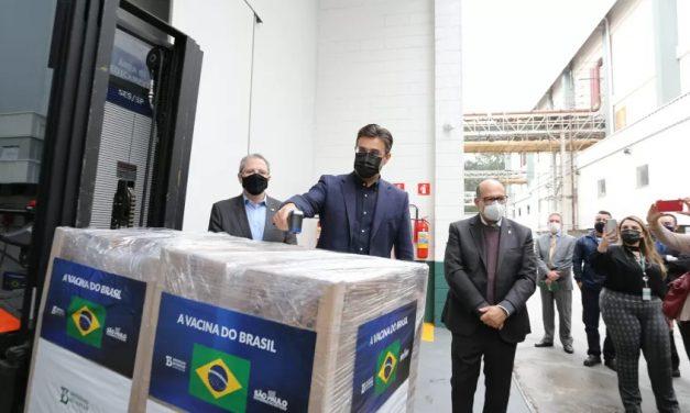 SP entrega mais 1 milhão de doses da CoronaVac para o Ministério da Saúde