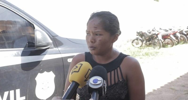 PM prende acusada de matar amiga com golpe de foice em Tailândia