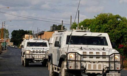 Israel lança disparos contra Líbano em represália a foguetes