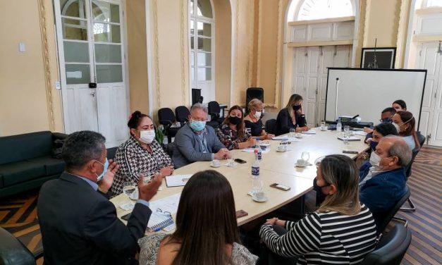 Reunião de trabalho alinha detalhes da construção da Casa da Mulher Brasileira em Breves, no Marajó