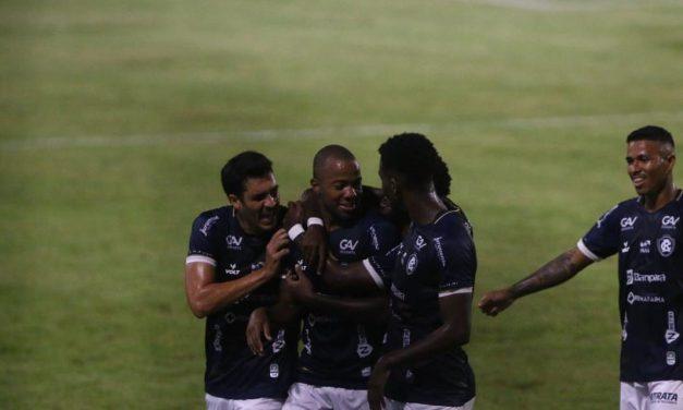 Remo vence a terceira seguida, sobe na tabela e complica a vida do Cruzeiro na Série B