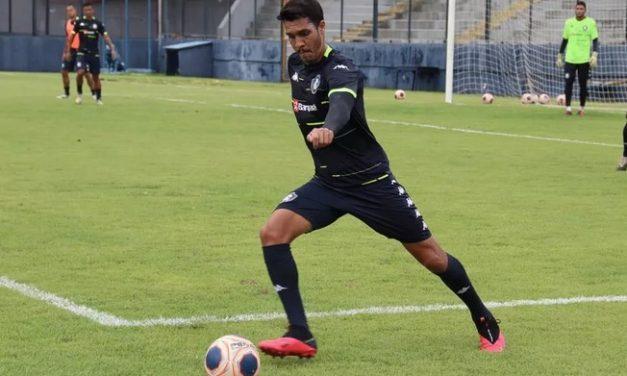 Com dores na coxa, Lucas Siqueira desfalca o Remo diante do Londrina