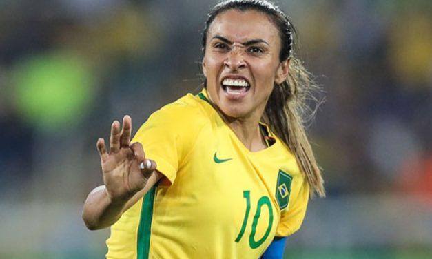 """Pelé faz homenagem para Marta nas redes sociais: """"Você ajuda a construir um mundo melhor"""""""