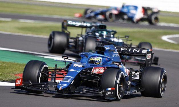 """F1: Alonso esclarece """"lado negro"""" e diz que """"se sentiu um idiota"""" em GPs anteriores"""