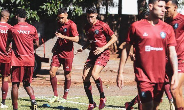 Remo encerra preparação para encarar o Londrina pela Série B; veja provável time titular