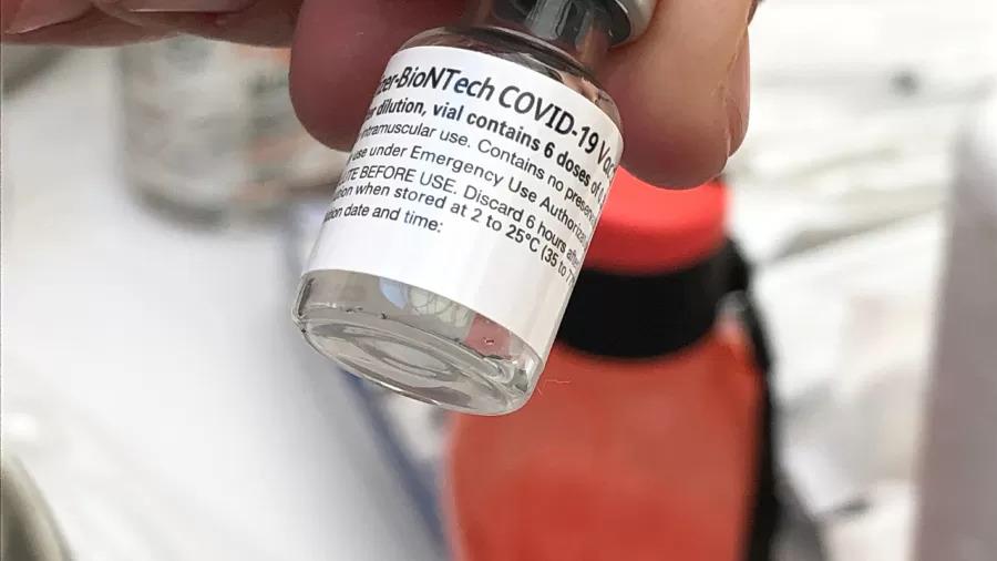 EUA encomendam mais 200 milhões de doses da vacina da Pfizer contra a covid