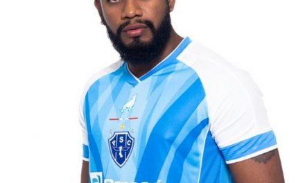 Com Vandick e outros ídolos, Paysandu apresenta a camisa Eterno Campeão dos Campeões