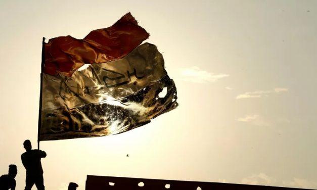 Queda de helicóptero no Iraque em 'missão de combate' mata cinco militares