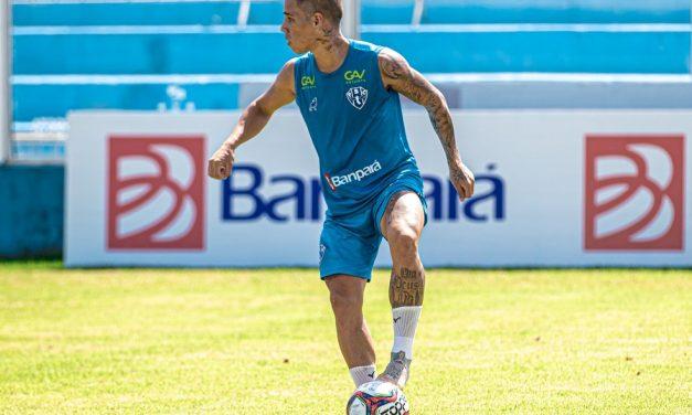 """Diego Matos diz viver """"melhor momento"""" no Papão, mas revela incômodo com jejum na Curuzu"""