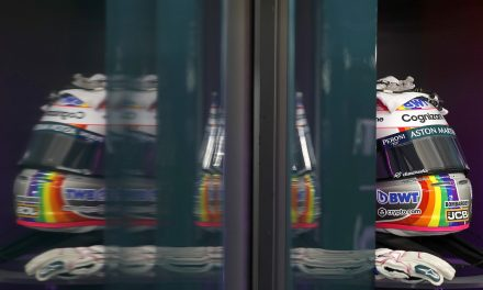 F1: Vettel se une a Hamilton por diversidade e tem capacete especial na Hungria