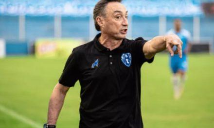 """Fonseca destaca entrega dos jogadores em vitória do Papão com um a menos: """"Heroica"""""""