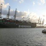 Navio que encalhou no Canal de Suez vira atração turística na Holanda