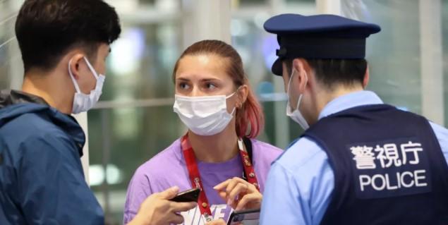 COI abre investigação sobre caso de atleta de Belarus levada à força a aeroporto