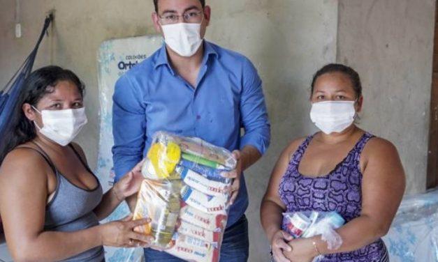 Governo do Pará leva ao Marajó doações à família de bebê internado em Barcarena
