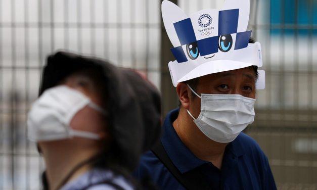 Com Covid-19 em alta, hospitais do Japão vão internar apenas casos mais graves da doença