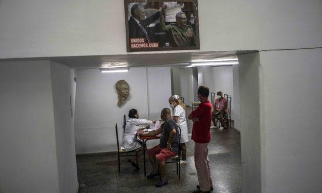 Cuba enfrenta caos em hospitais e até falta de seringa no pior momento da pandemia