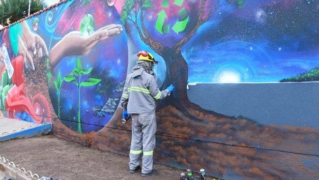 Arte em grafite presente na futura unidade de triagem de Barcarena