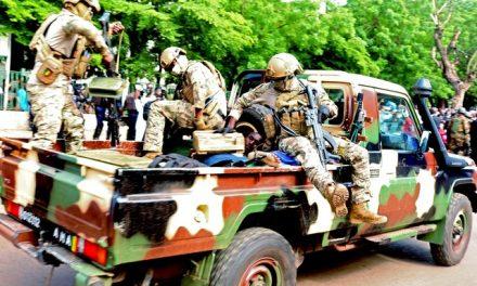 'Corrupção mata': o Exército acusado de enviar soldados à morte nas mãos de jihadistas