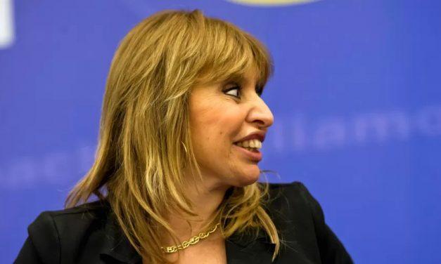 Na Itália, neta de Benito Mussolini se declara como 'garota de esquerda'