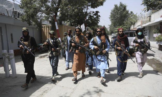 Talibãs matam no Afeganistão parente de jornalista de TV alemã