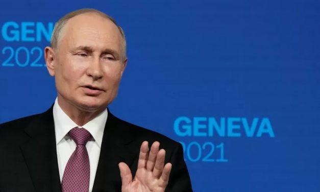 Putin diz ser preciso impedir que 'terroristas' saiam do Afeganistão como refugiados