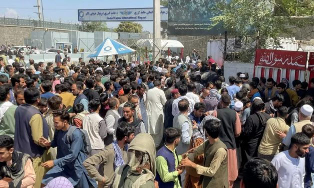 Franceses se mobilizam por conta própria para acolher refugiados afegãos