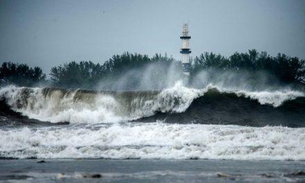 Furacão Grace é rebaixado para categoria 1 após atingir costa do México