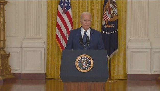 Joe Biden recebe militares mortos em Cabul e se encontra com familiares das vítimas