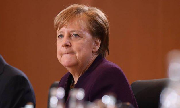 Merkel critica candidato do SPD por cogitar coalizão com extrema-esquerda